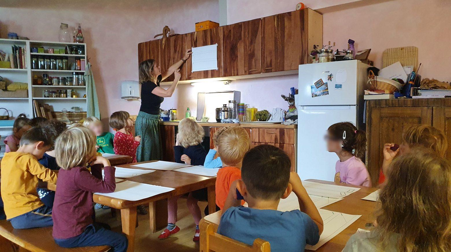Kaligrafija za otroke med 4 in 6 letom starosti